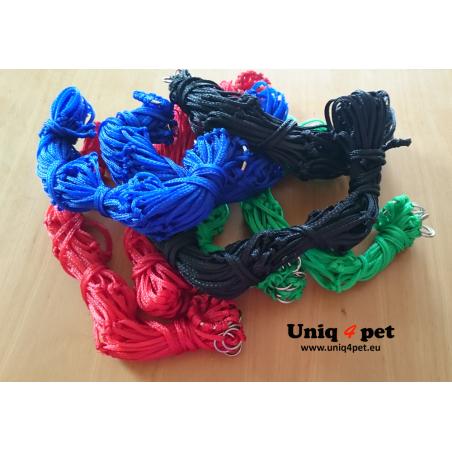Hay net (red, blue, green, black)